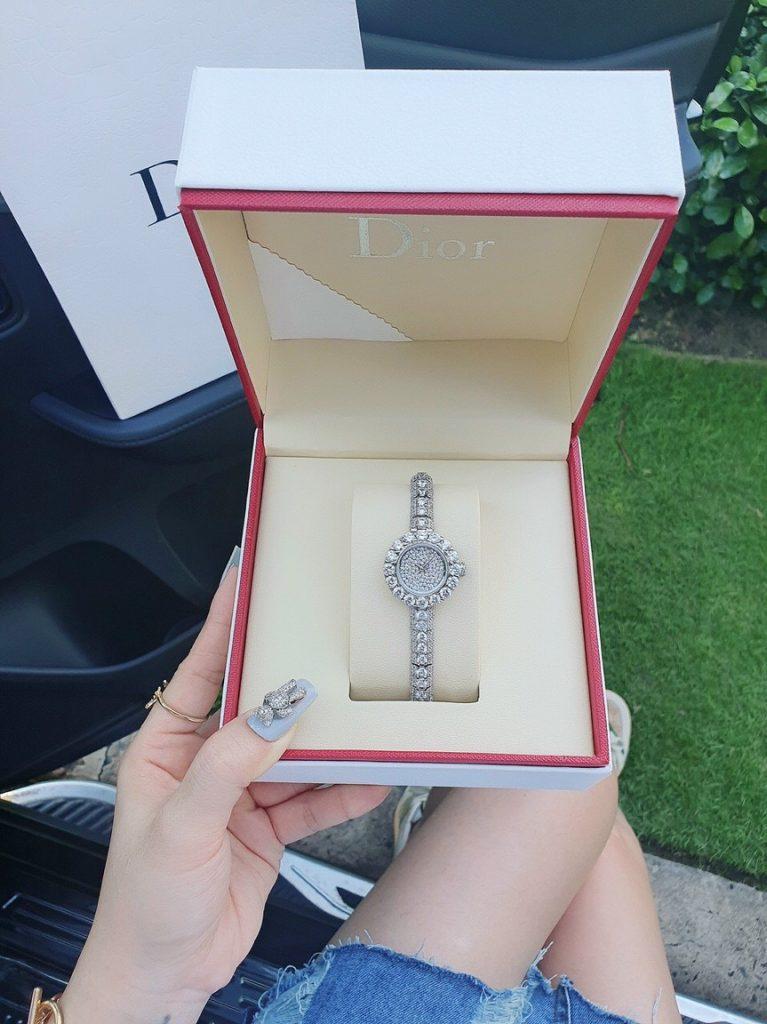Đồng hồ Dior dạng lắc