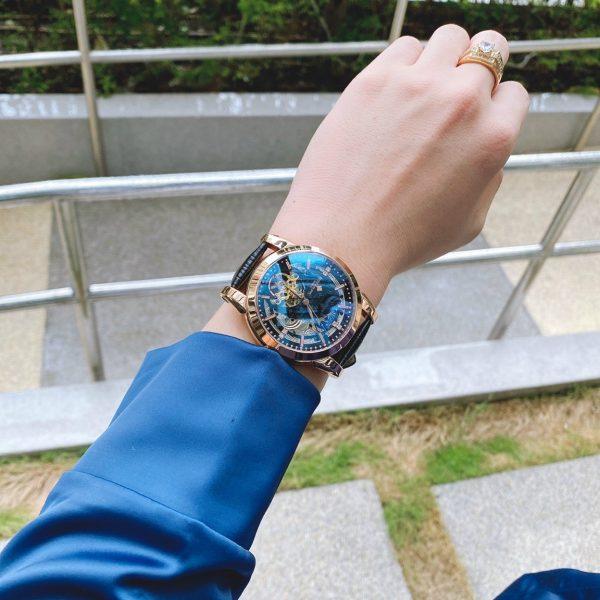 Đồng hồ nam dây da màu đen Patek Philippe