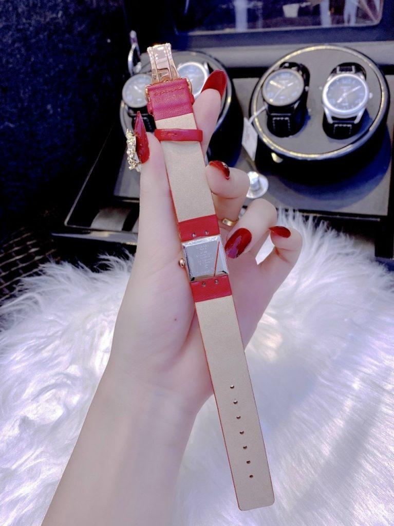 Đồng hồ nữ đẹp Chanel